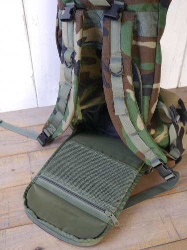 ROLL UP BACKPACK (Woodland Camo)