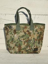 TOTE BAG (Covert Woodland)