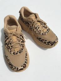【EG X HOKA】  Bondi L (Leopard)