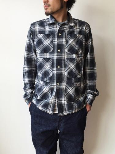 Flannel 6 Pockets Classic Shirt (Wht/Blk)