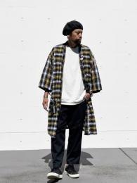"【KRAZY KLOTHES】 Flannel Robe ""Black / Gold"""