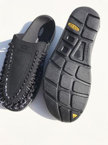 【Engineered Garments × KEEN】 UNEEK II SLIDE