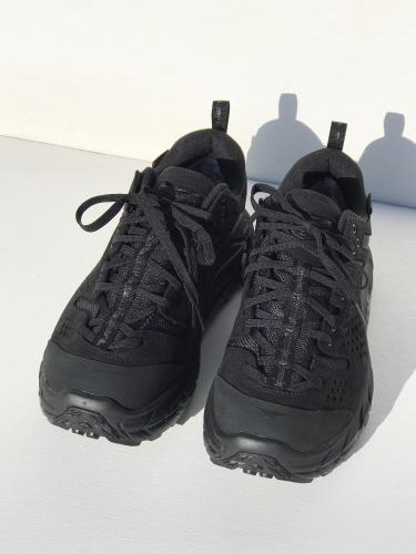 × HOKA ONE ONE  Tor Ultra Low EG